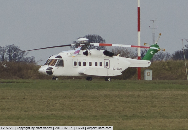 EZ-S720, 2005 Sikorsky S-92A C/N 920017, Sat on stand at Bristow. Very heavy crop.