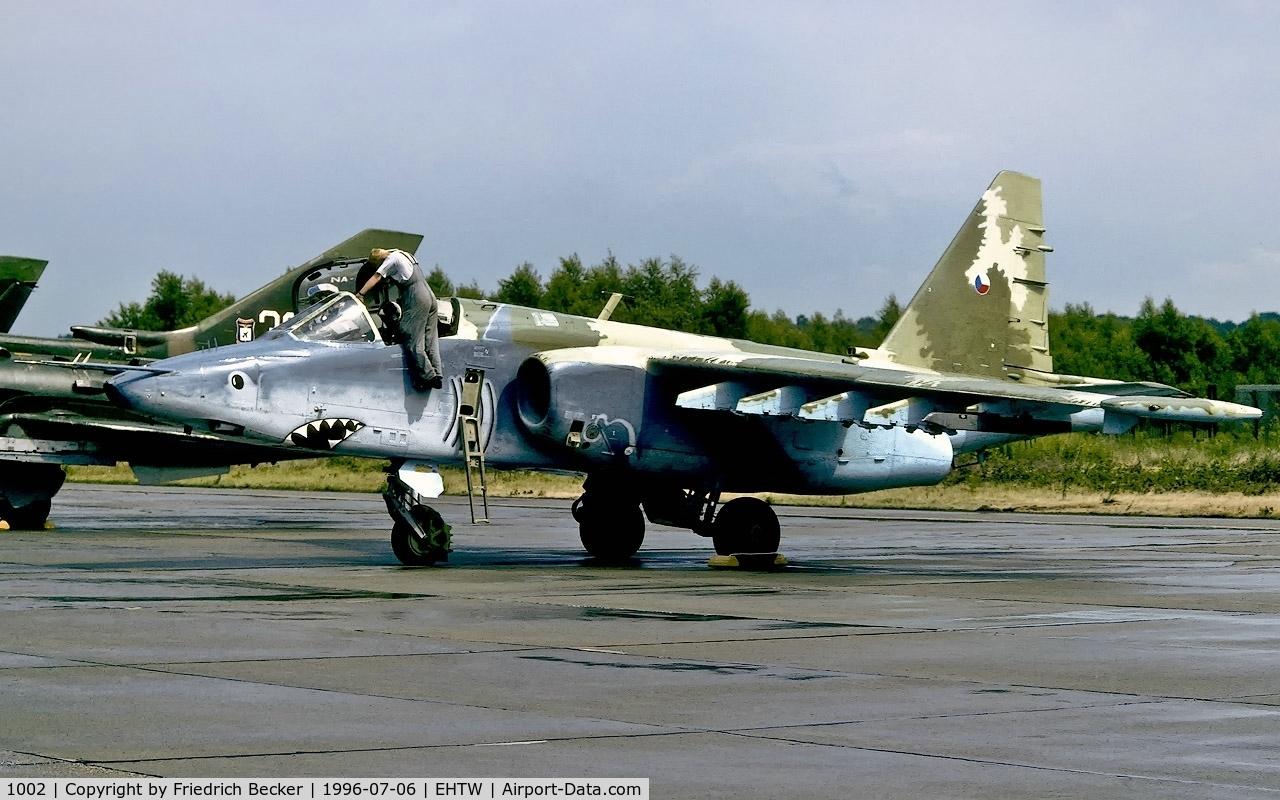 1002, Sukhoi Su-25K C/N 25508110002, flightline at Twente