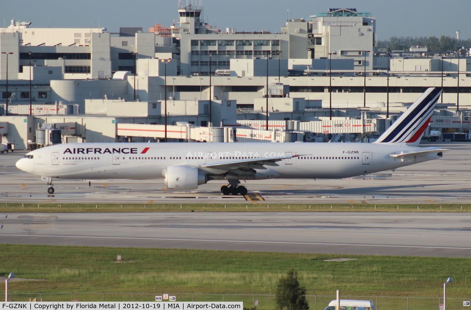 F-GZNK, 2011 Boeing 777-328/ER C/N 39971, Air France 777-300