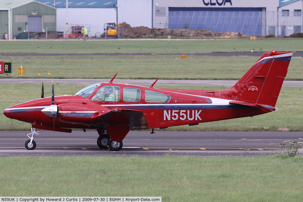 N55UK, 1978 Beech E-55 Baron Baron C/N TE-1128, Privately owned.