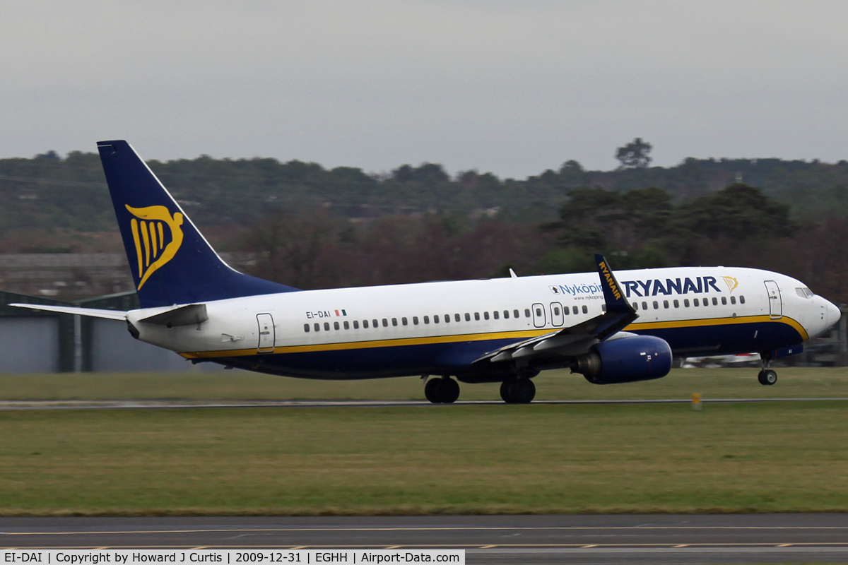 EI-DAI, 2003 Boeing 737-8AS C/N 33547, Ryanair. Nykoping markings but still with the old colour scheme.