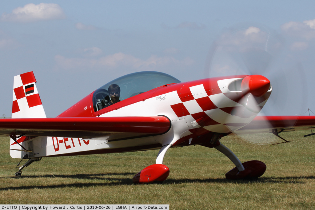 D-ETTO, 2004 Extra EA-300L C/N 1174, Privately owned.