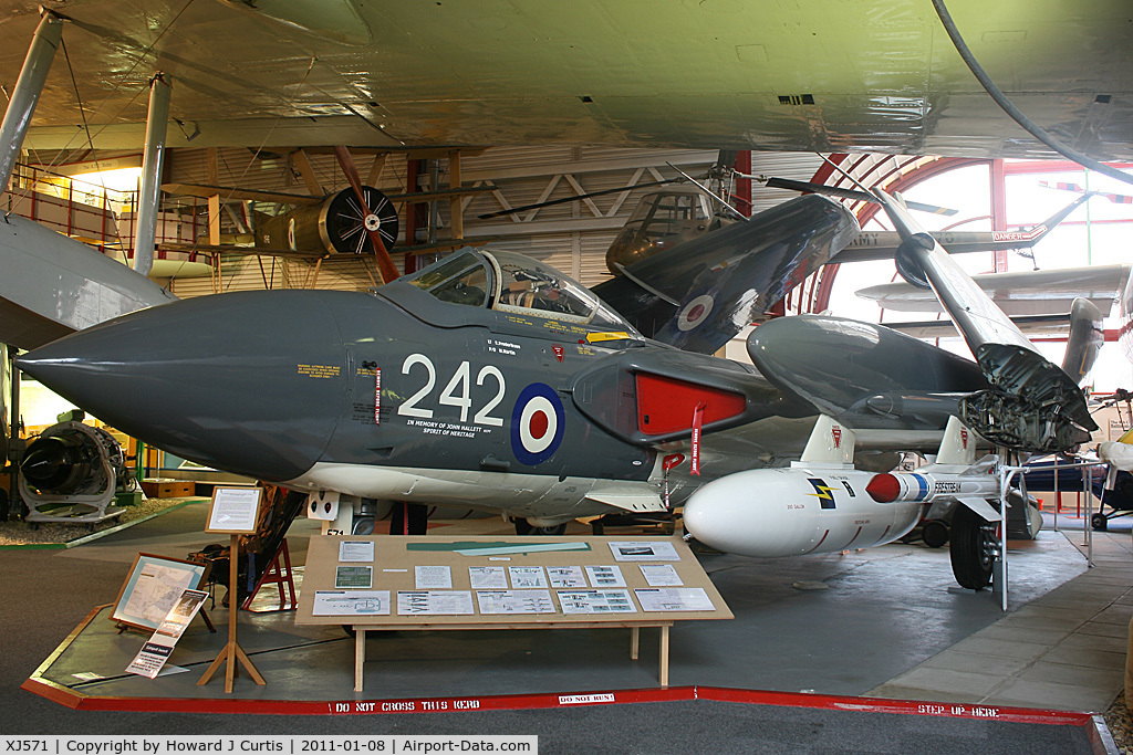 XJ571, 1960 De Havilland DH-110 Sea Vixen FAW.2 C/N 10053, Preserved at the Solent Sky Museum, Southampton.