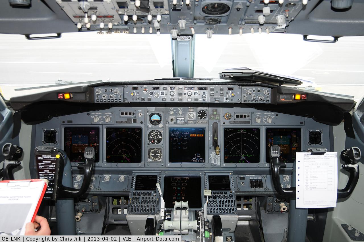 OE-LNK, 1999 Boeing 737-8Z9 C/N 28178, Lauda Air