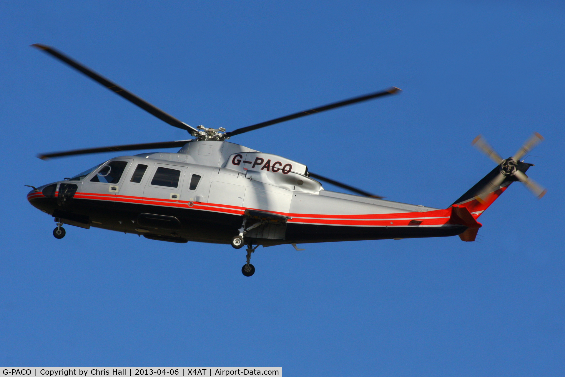 G-PACO, 2009 Sikorsky S-76C C/N 760782, Ferrying racegoers into Aintree for the 2013 Grand National