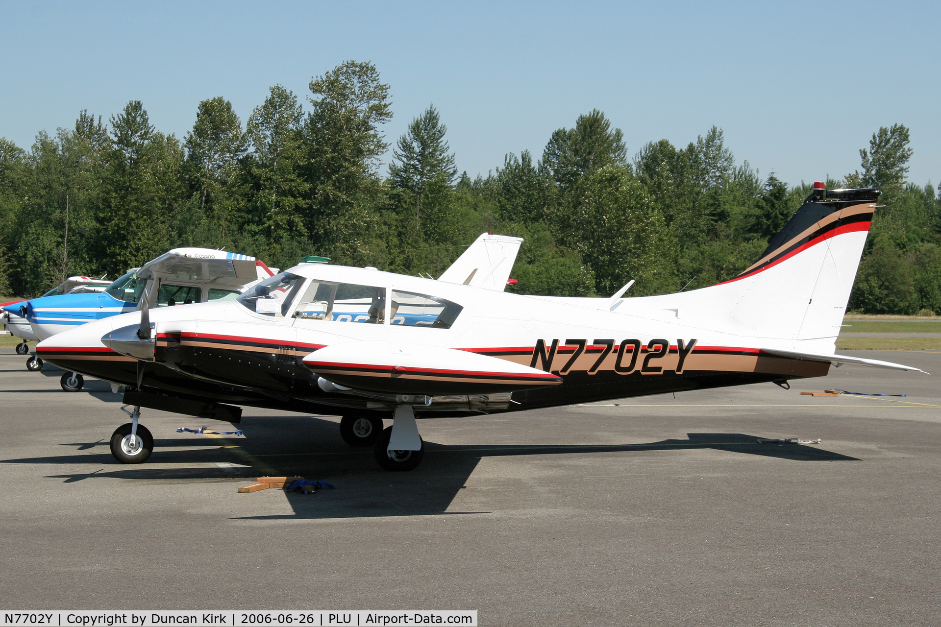 N7702Y, 1965 Piper PA-30 C/N 30-788, Very nice Twin Comanche