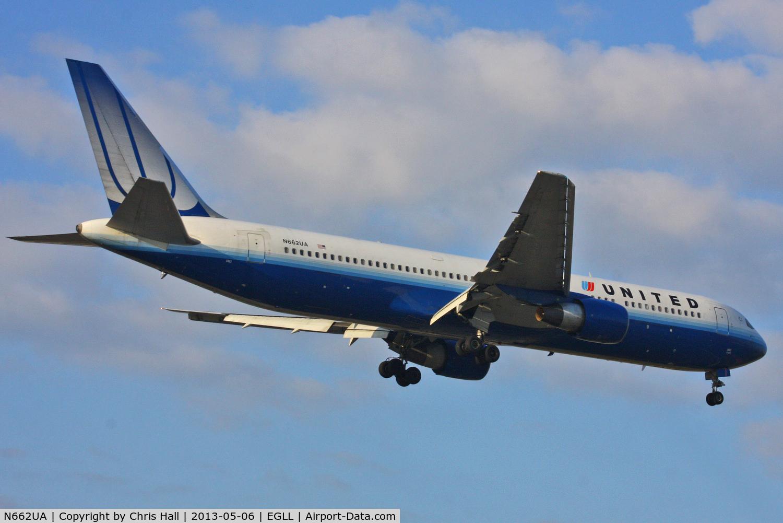 N662UA, 1993 Boeing 767-322 C/N 27159, United Airlines