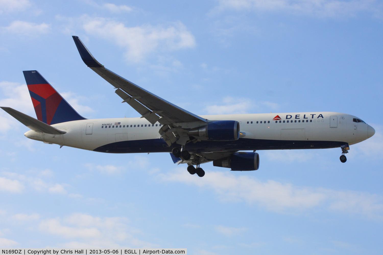 N169DZ, 1998 Boeing 767-332 C/N 29689, Delta Airlines