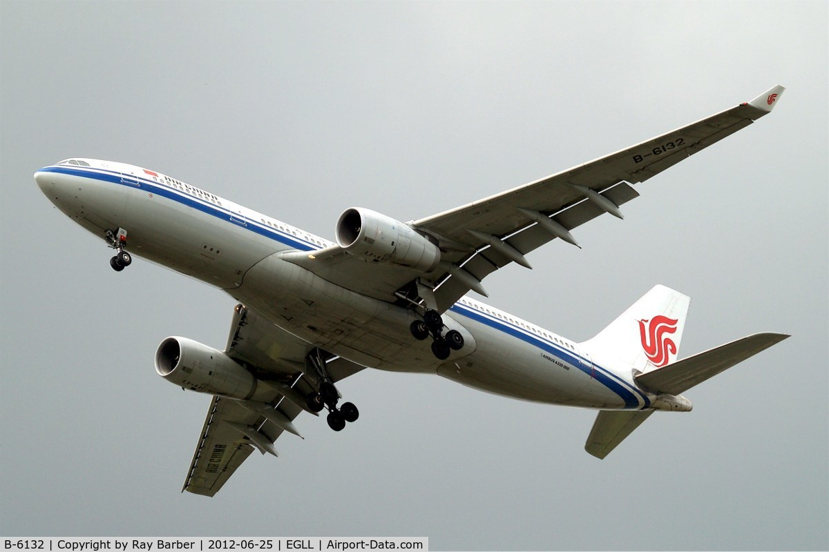 B-6132, 2008 Airbus A330-243 C/N 944, Airbus A330-243 [944] (Air China) Home~G 25/06/2012. On approach 27R.