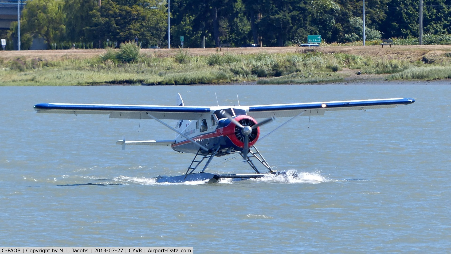 C-FAOP, 1958 De Havilland Canada DHC-2 Beaver Mk.1 C/N 1249, Saltspring Air Beaver just landed at YVR Seaplane Terminal on the Fraser River.
