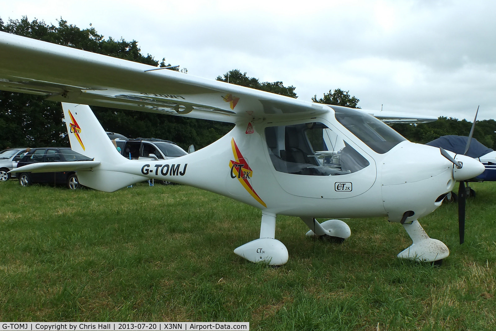 G-TOMJ, 2003 Flight Design CT2K C/N 7975, at the Stoke Golding stakeout 2013