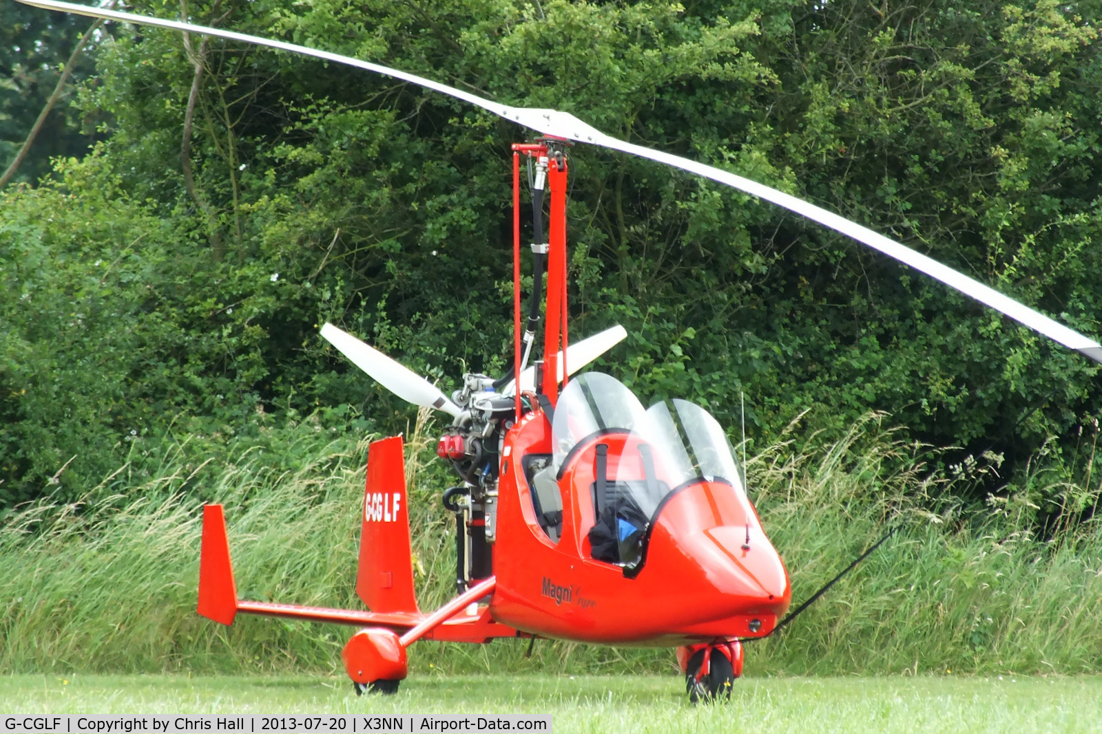 G-CGLF, 2009 Magni Gyro M-16C Tandem Trainer C/N 16-09-5614, at the Stoke Golding stakeout 2013