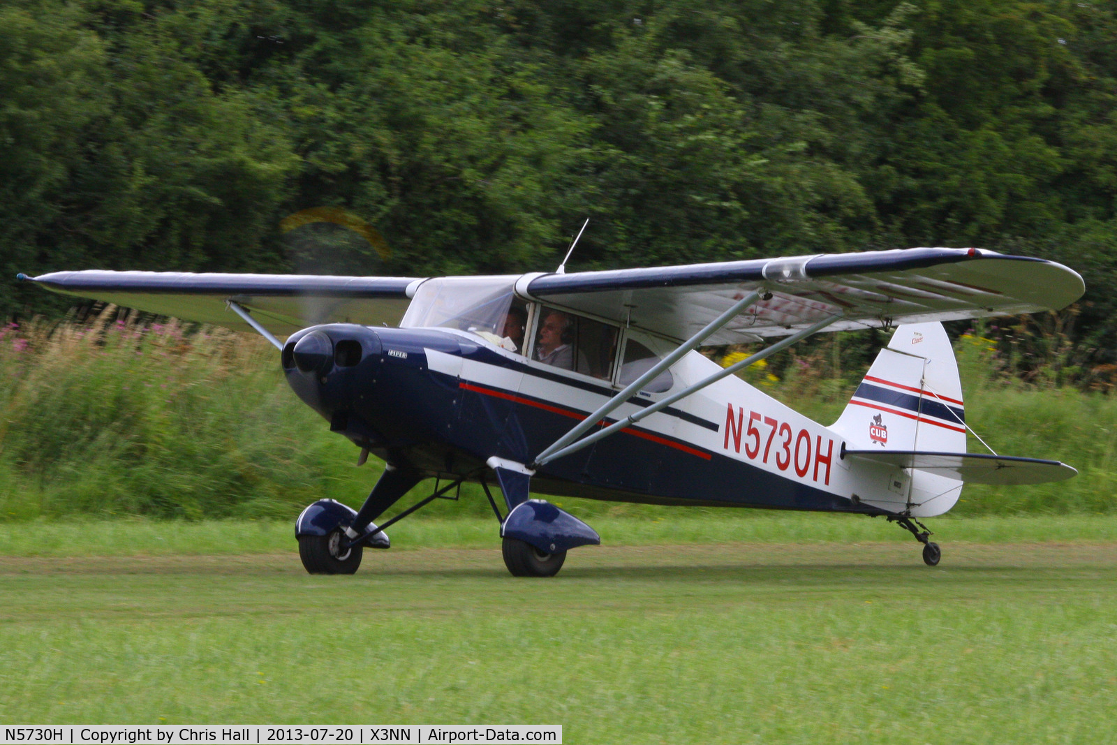 N5730H, 1949 Piper PA-16 Clipper C/N 16-342, at the Stoke Golding stakeout 2013
