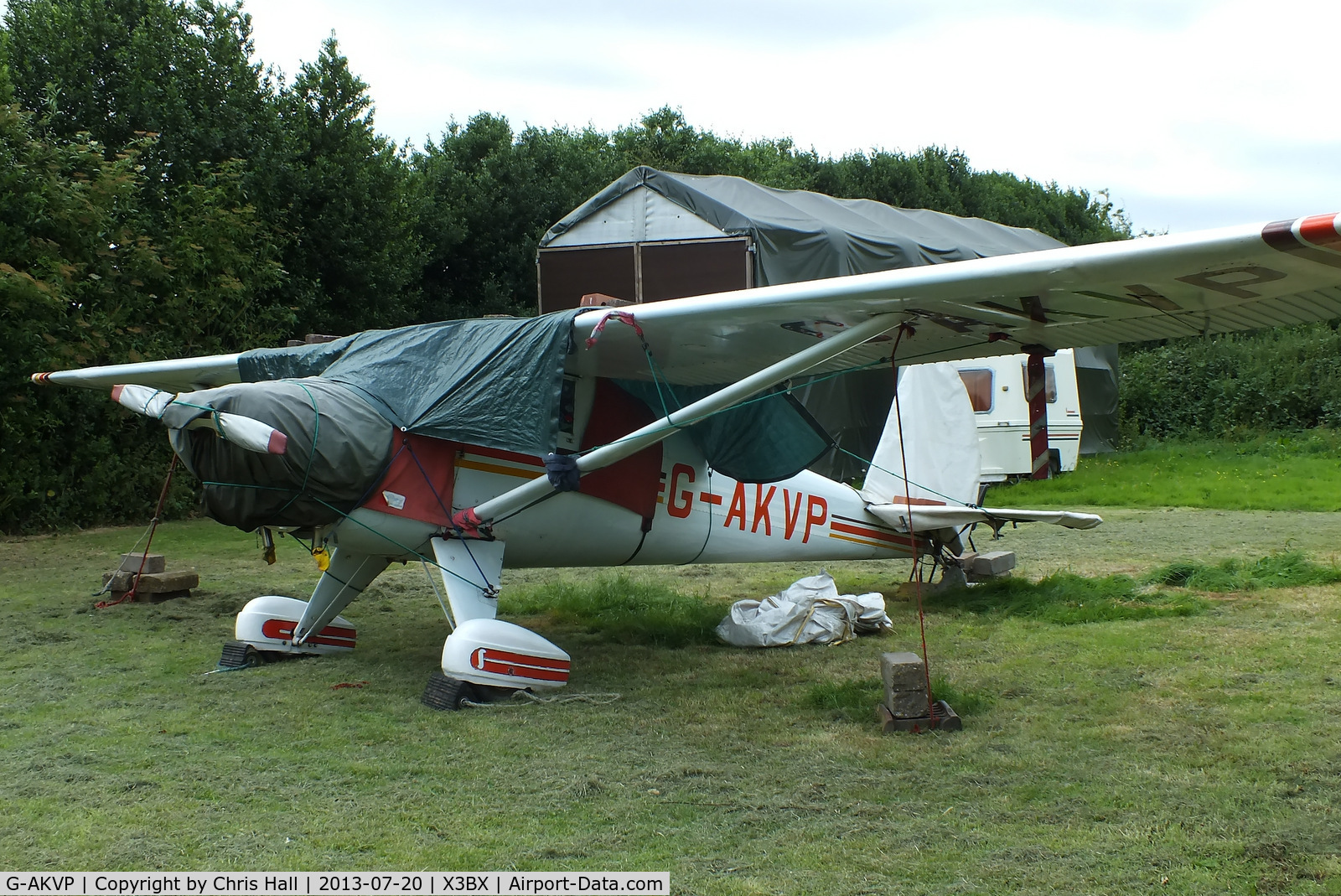 G-AKVP, 1948 Luscombe 8A C/N 5549, at Charity Farm, Baxterley