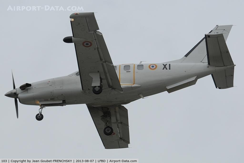 103, Socata TBM-700A C/N 103, ETEC65 landing 23