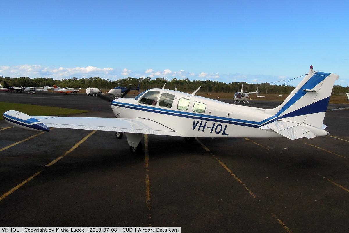 VH-IOL, 1981 Beech A36 Bonanza 36 C/N E-1870, At Caloundra