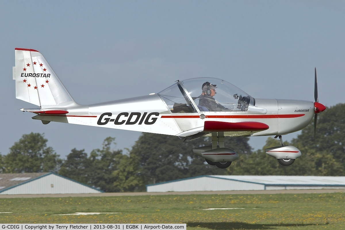G-CDIG, 2005 Aerotechnik EV-97 Eurostar C/N PFA 315-14353, Arriving at the 2013 Light Aircraft Association Rally at Sywell in the UK