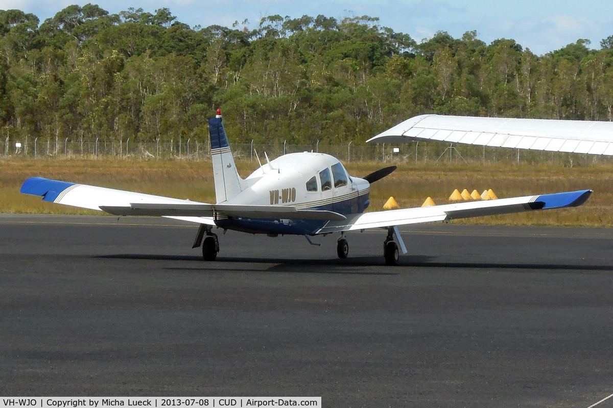 VH-WJO, 1976 Piper PA-28R-200 Arrow II C/N 28R-7635441, At Caloundra