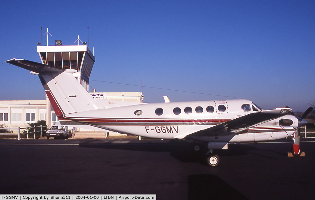 F-GGMV, Beech 200 C/N BB-616, Parked at the Airport