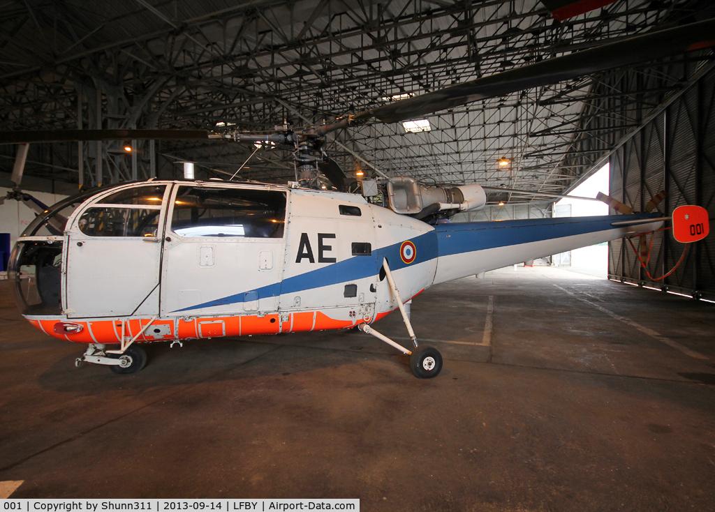001, 1959 Sud SE-3160 Alouette III C/N 01, Preserved inside Dax ALAT Museum... First Alouette 3 prototype
