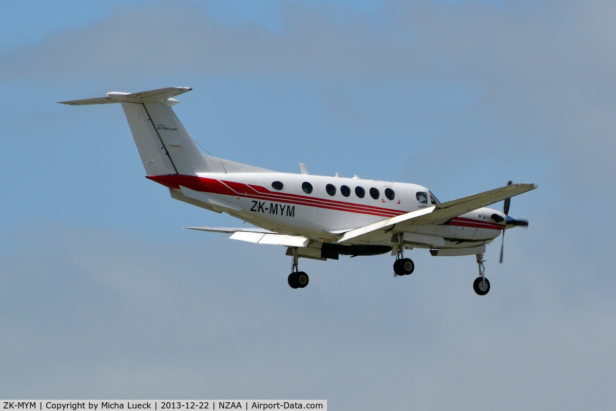 ZK-MYM, 1993 Beech B200 King Air C/N BB-1466, At Auckland