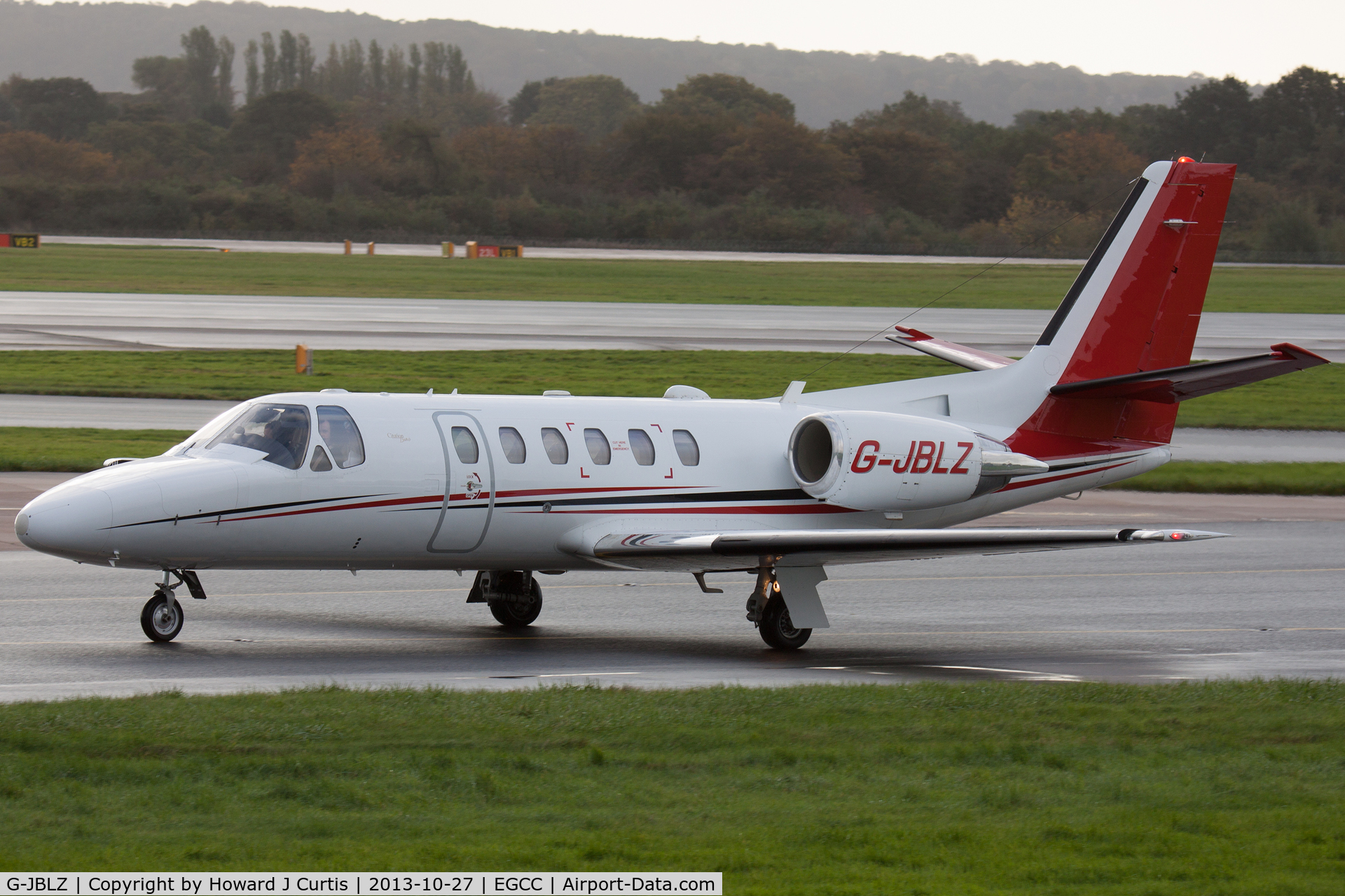 G-JBLZ, 2002 Cessna 550 Citation Bravo C/N 550-1018, Corporate.