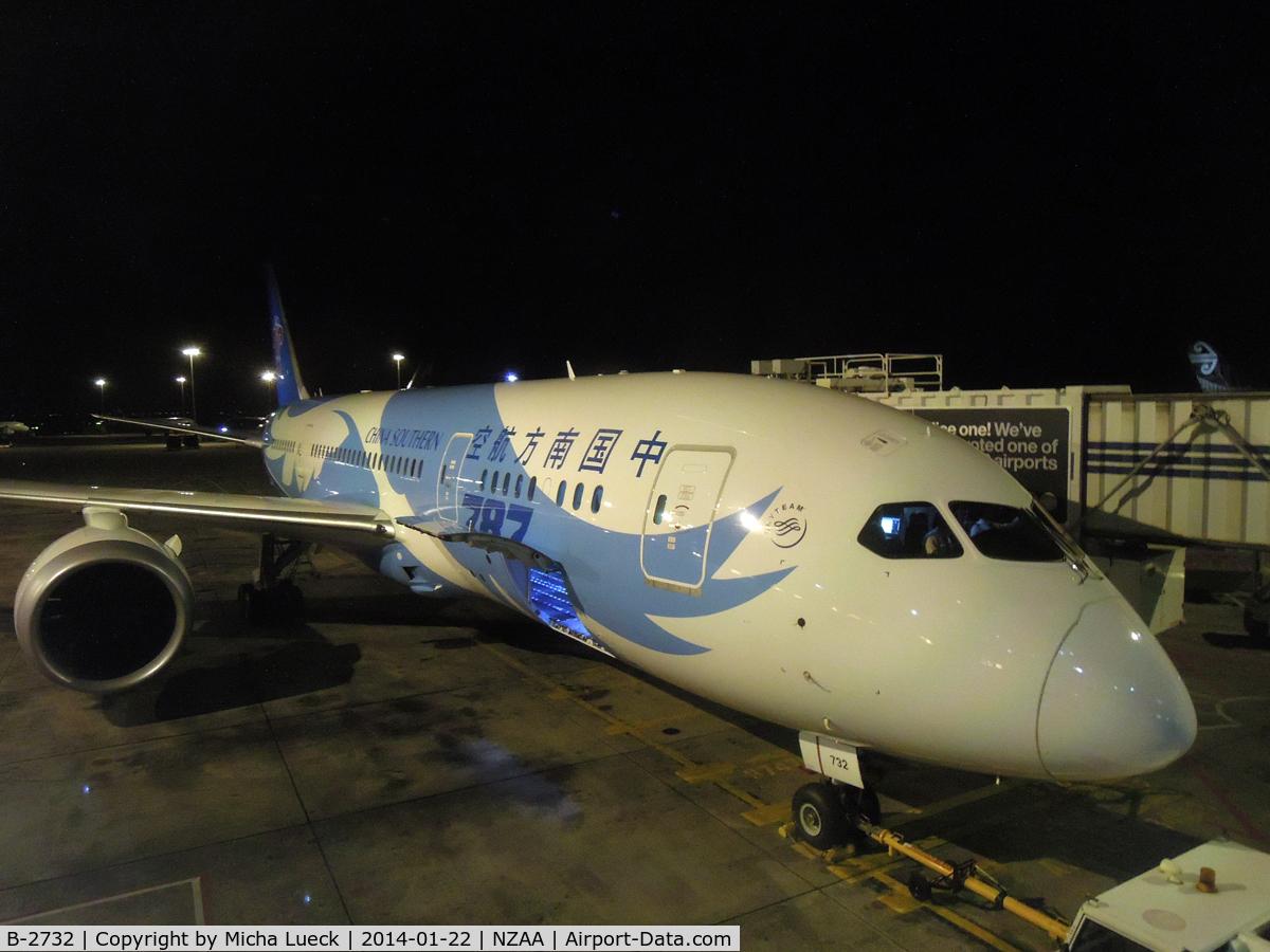 B-2732, 2013 Boeing 787-8 Dreamliner C/N 34926, At Auckland