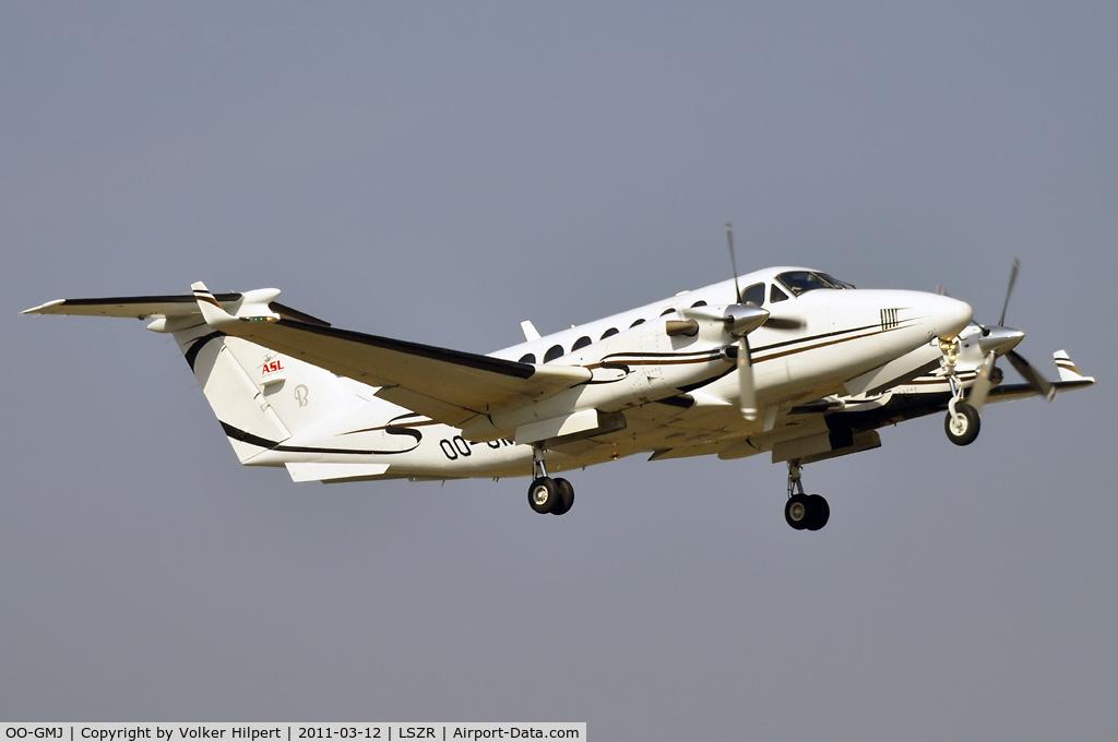 OO-GMJ, 2005 Beechcraft King Air 350B C/N FL-460, at ach