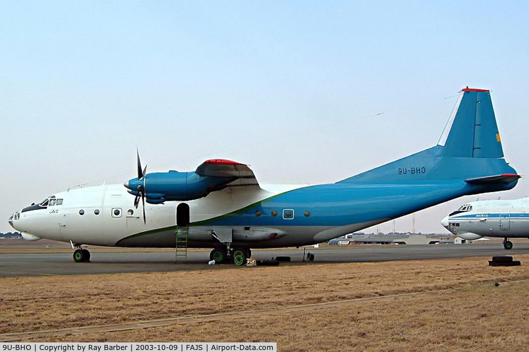 9U-BHO, 1968 Antonov An-12B C/N 8345503, Antonov An-12B [8345503] (Mango Airlines) Johannesburg-International~ZS 09/10/2003