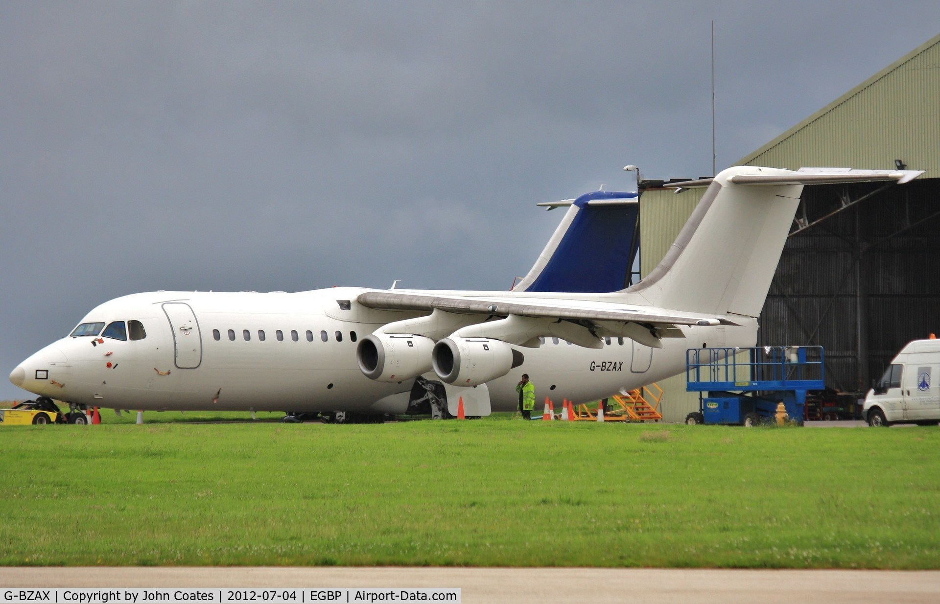 G-BZAX, 1999 British Aerospace Avro 146-RJ100 C/N E3356, Awaiting its future
