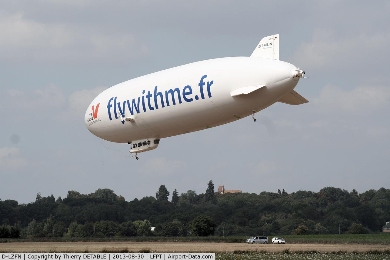 D-LZFN, 1997 Zeppelin LZ N07-100 Airship C/N 001, AIRSHIP PARIS 2013