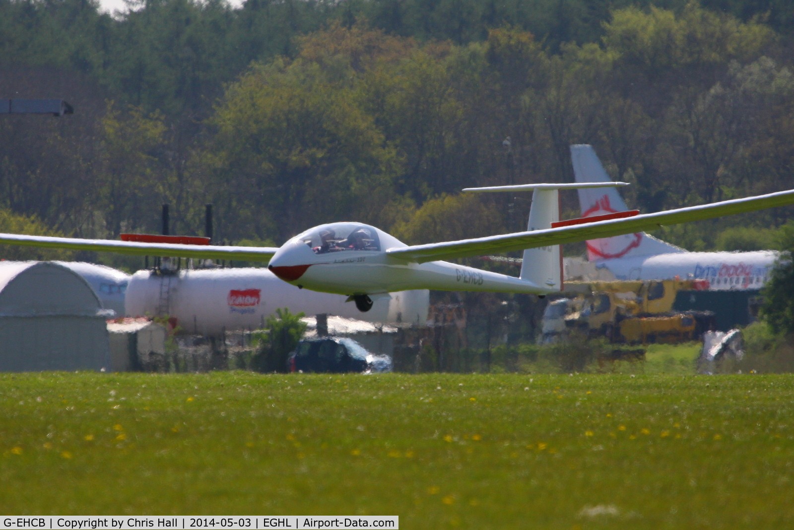 G-EHCB, 1991 Schempp-Hirth NIMBUS 3DT C/N 47, at Lasham airfield