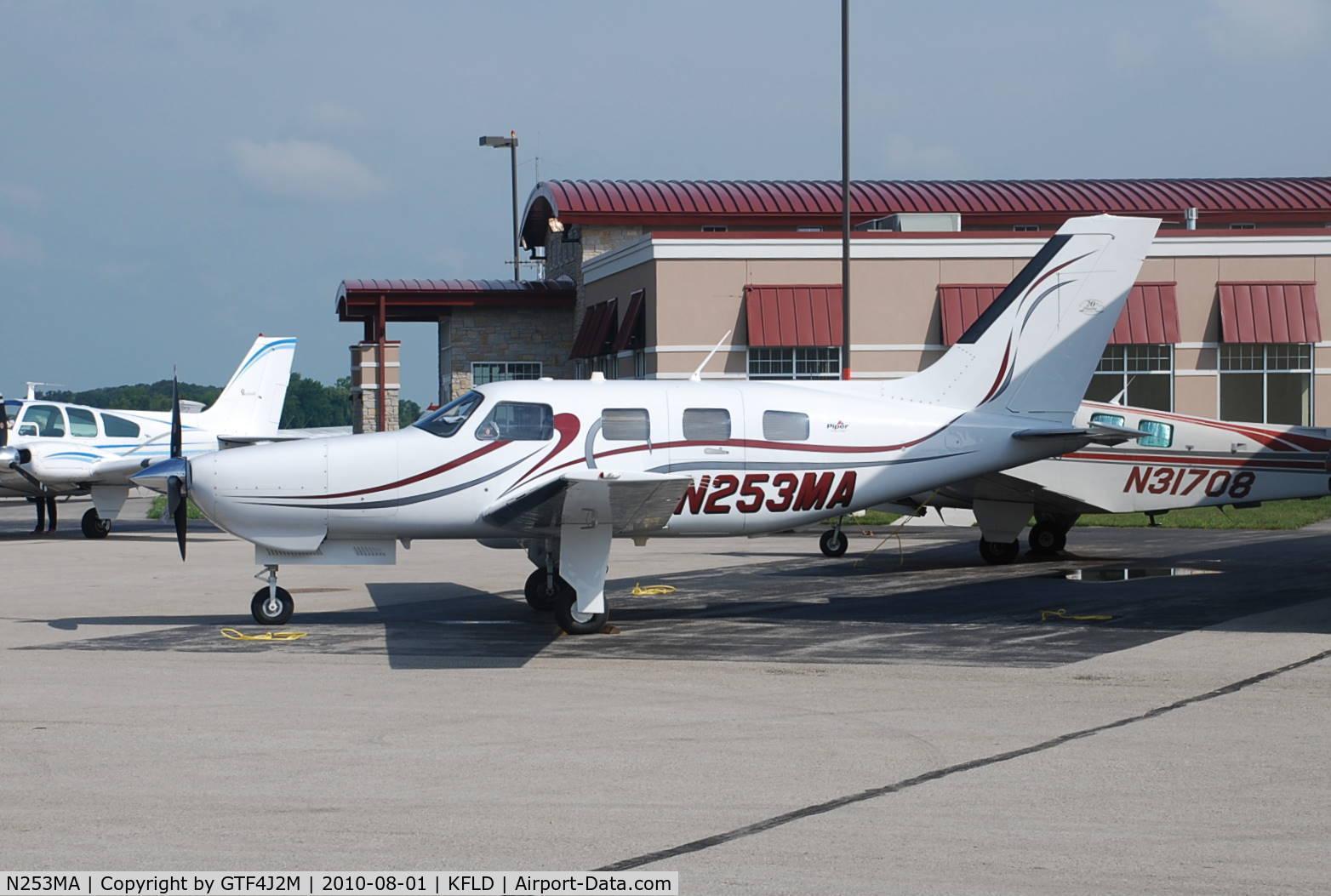 N253MA, 2004 Piper PA-46-350P Malibu Mirage C/N 4636353, N253MA  at Fon du Lac 1.8.10