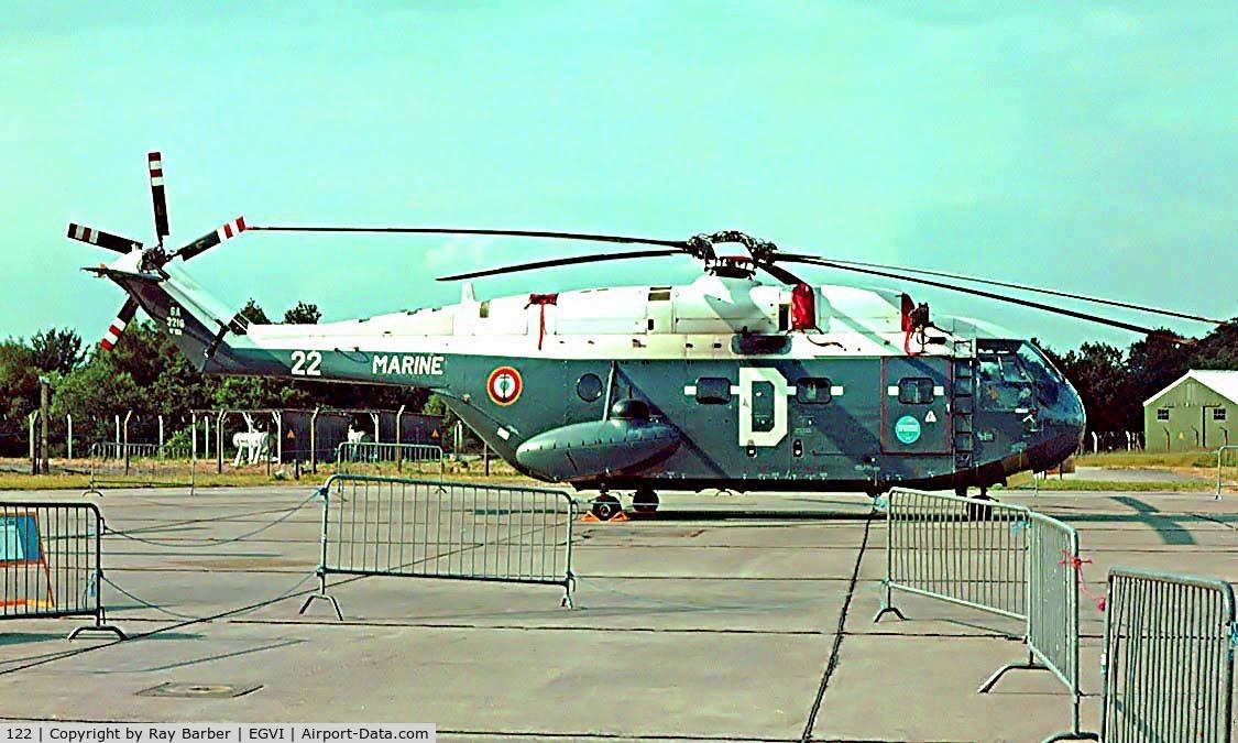 122, Aérospatiale SA-321G Super Frelon C/N 122, Aerospatiale SA.321G Super Frelon [122] (French Navy) RAF Greenham Common~G 27/06/1981