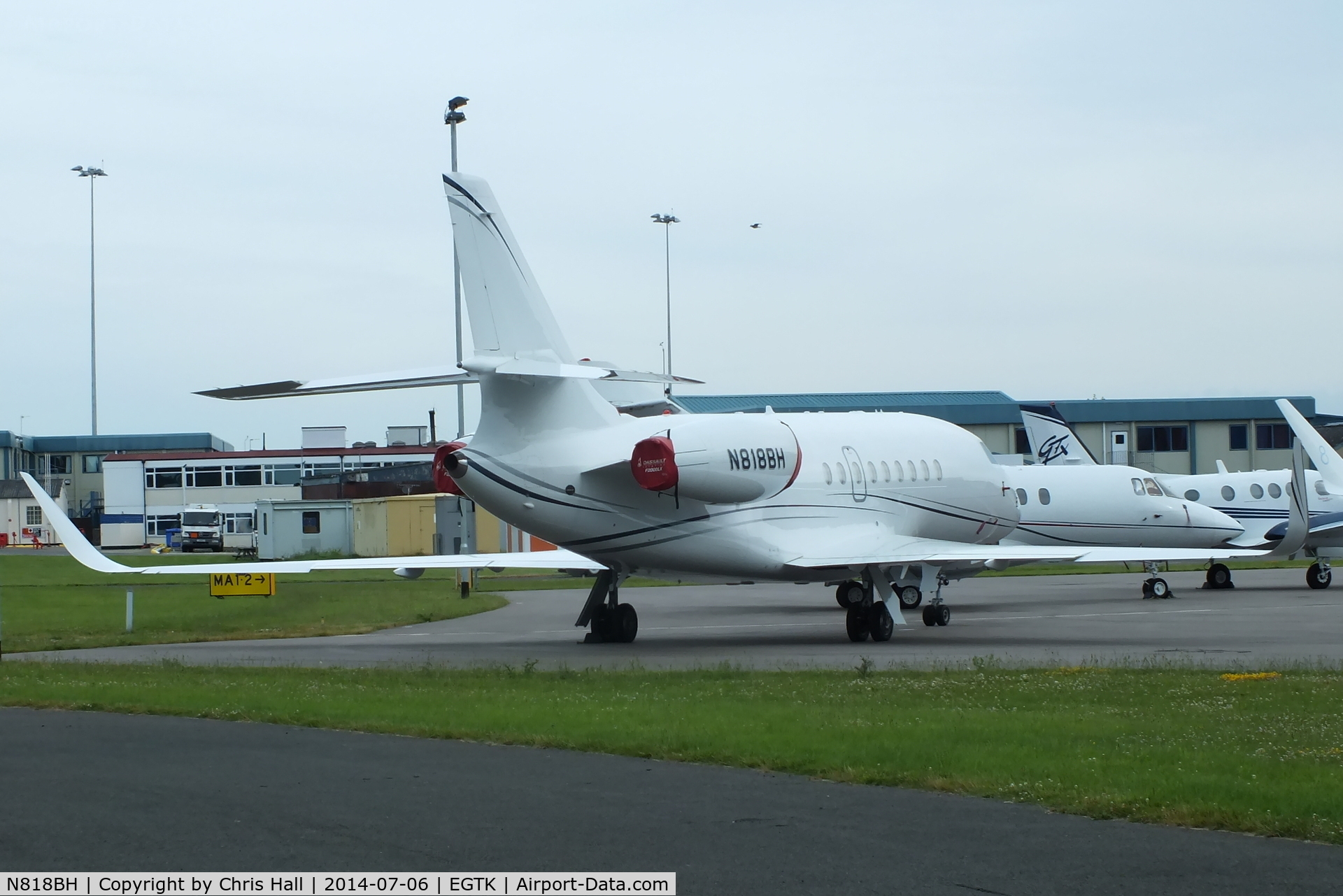 N818BH, 2005 Dassault Falcon 2000EX C/N 57, parked at Oxford