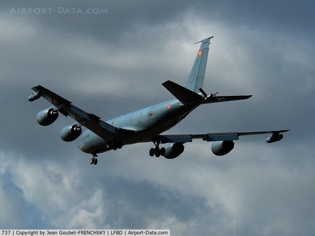 737, 1964 Boeing C-135FR Stratotanker C/N 18697, FAF landing 23
