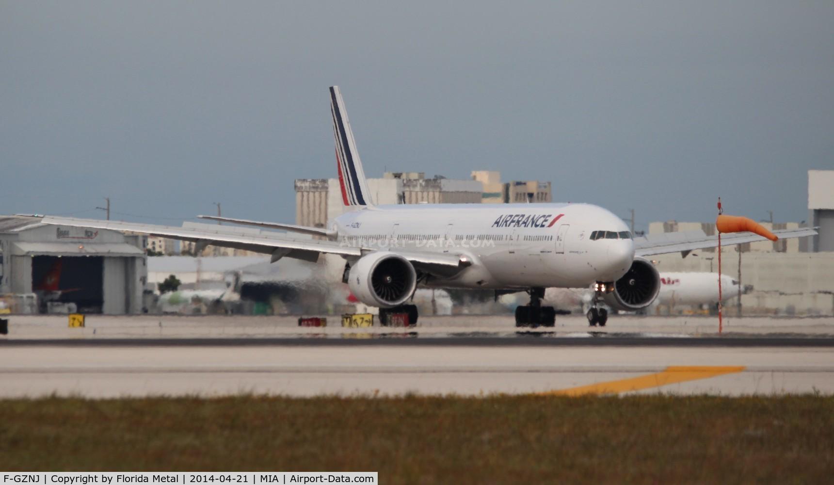 F-GZNJ, 2011 Boeing 777-328/ER C/N 38706, Air France 777-300