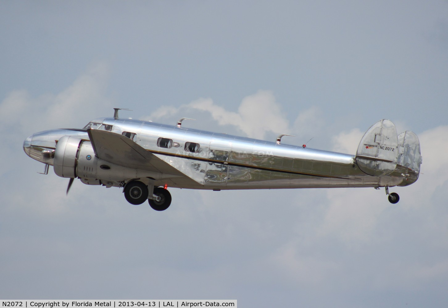 N2072, 1936 Lockheed 12A C/N 1208, Lockheed 12A leaving Sun N Fun 2013