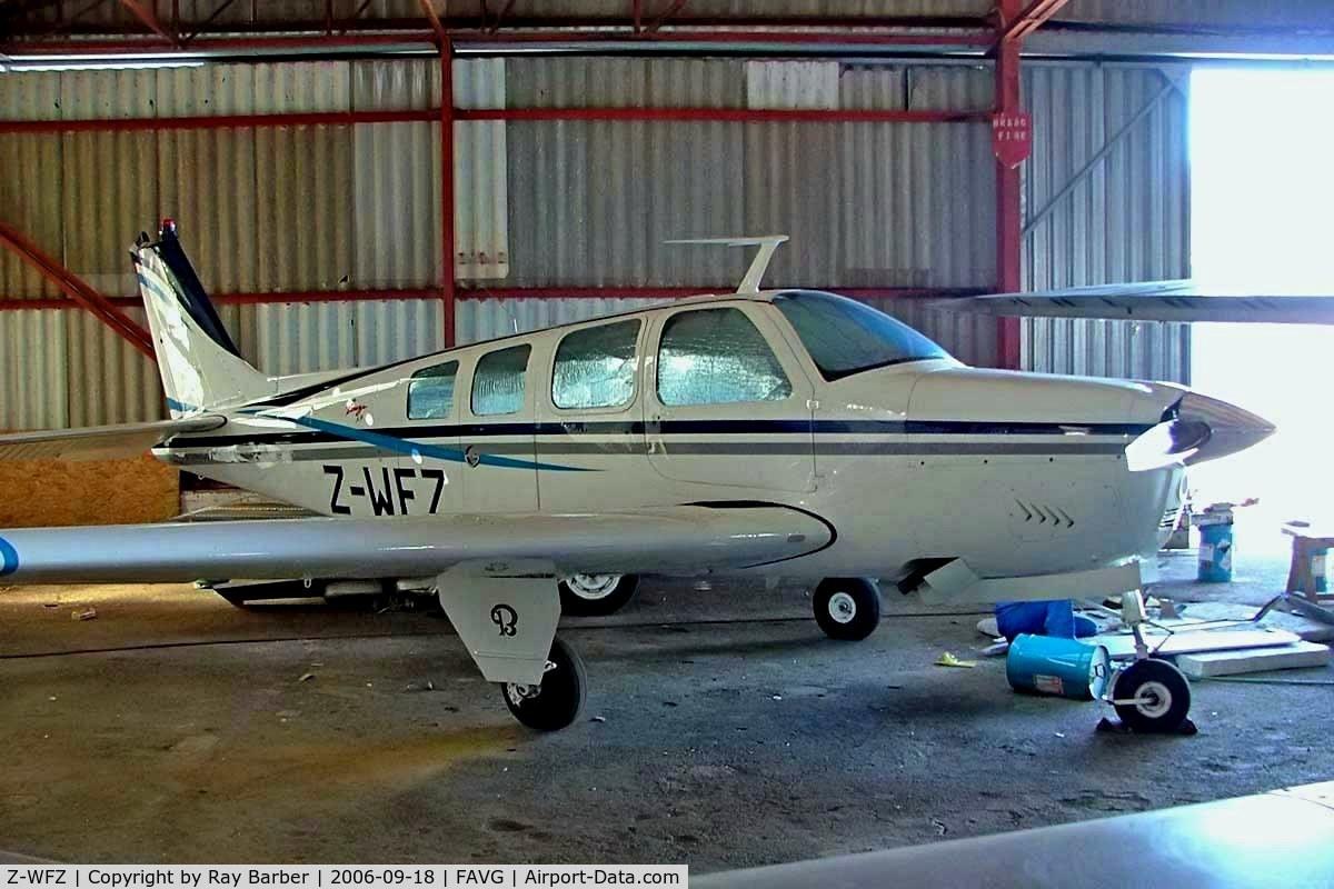 Z-WFZ, Beech 36 C/N E-11, Beech 36 Bonanza 36 [E-11] Durban-Virginia~ZS 18/09/2006