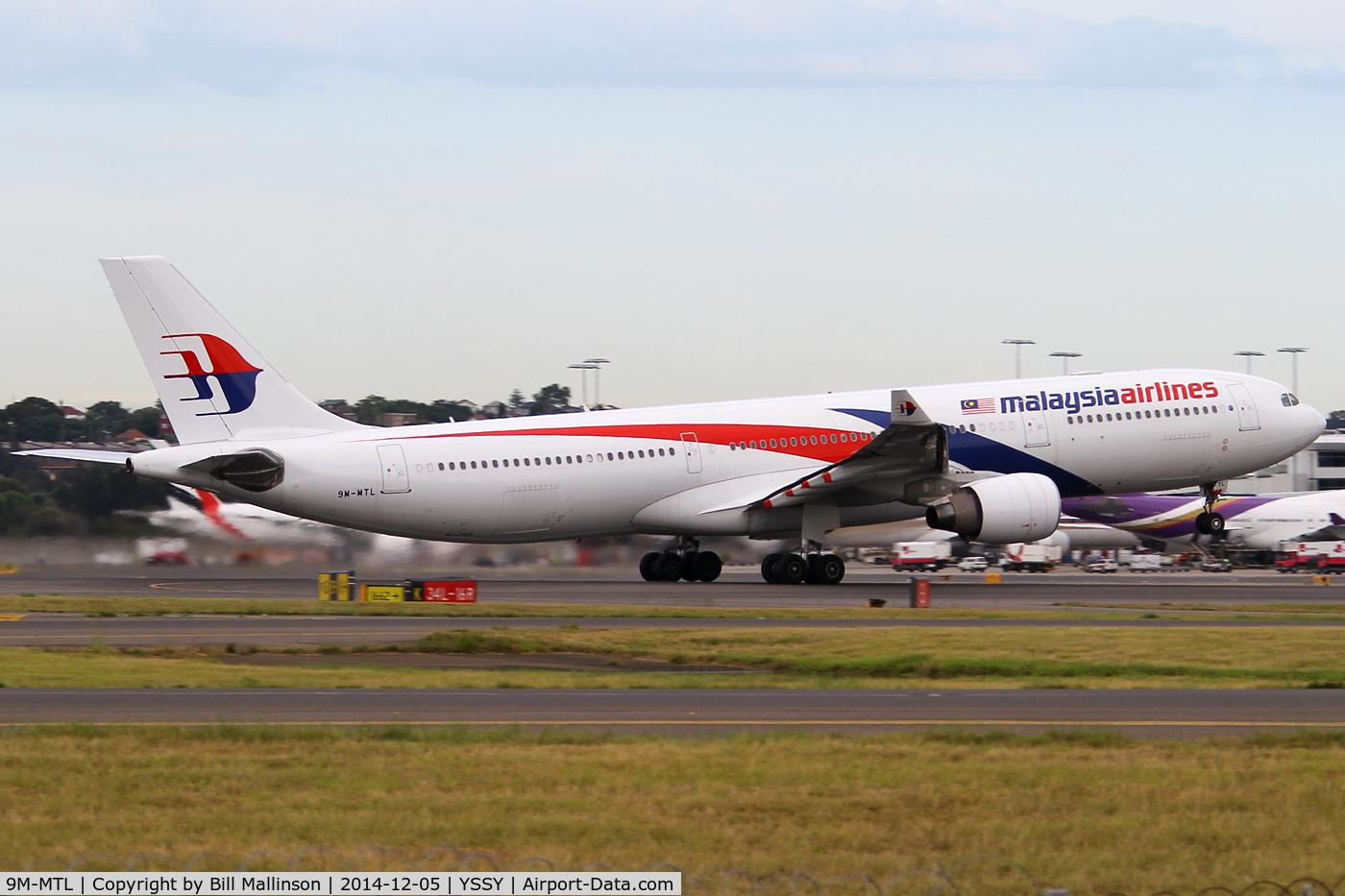 9M-MTL, 2013 Airbus A330-323X C/N 1395, rotating