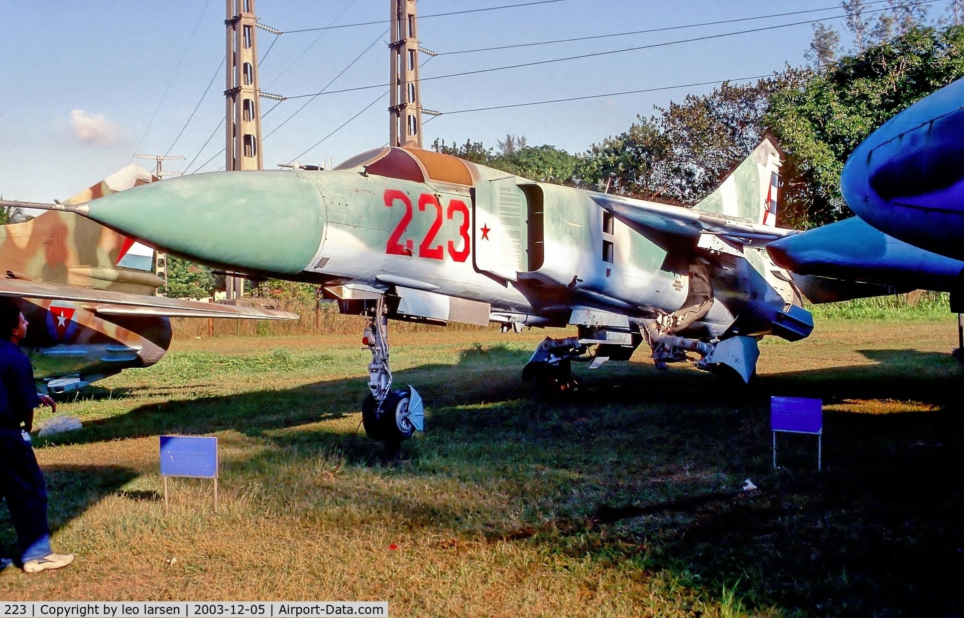 223, Mikoyan-Gurevich MIG-23ML C/N 1122410703, Museo del Aire Havana 5.12.03