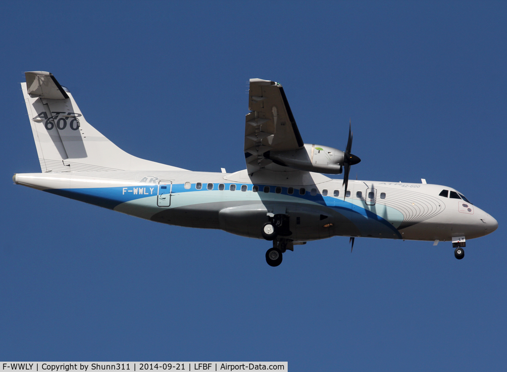F-WWLY, 2010 ATR 42-600 C/N 811, Participant of the LFBF Airshow 2014 - Demo aircraft