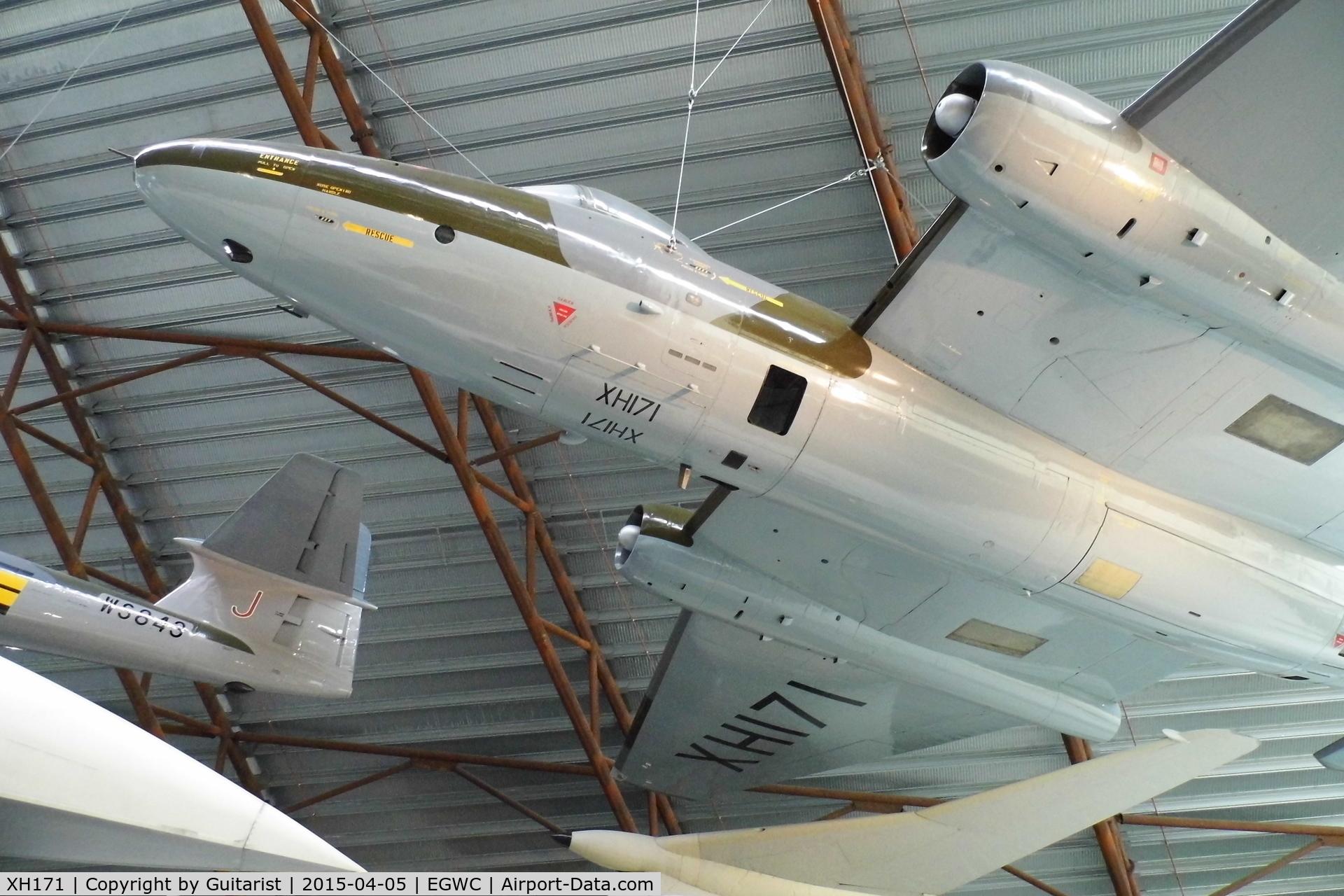 XH171, 1960 English Electric Canberra PR.9 C/N SH1735, Cosford Air Museum