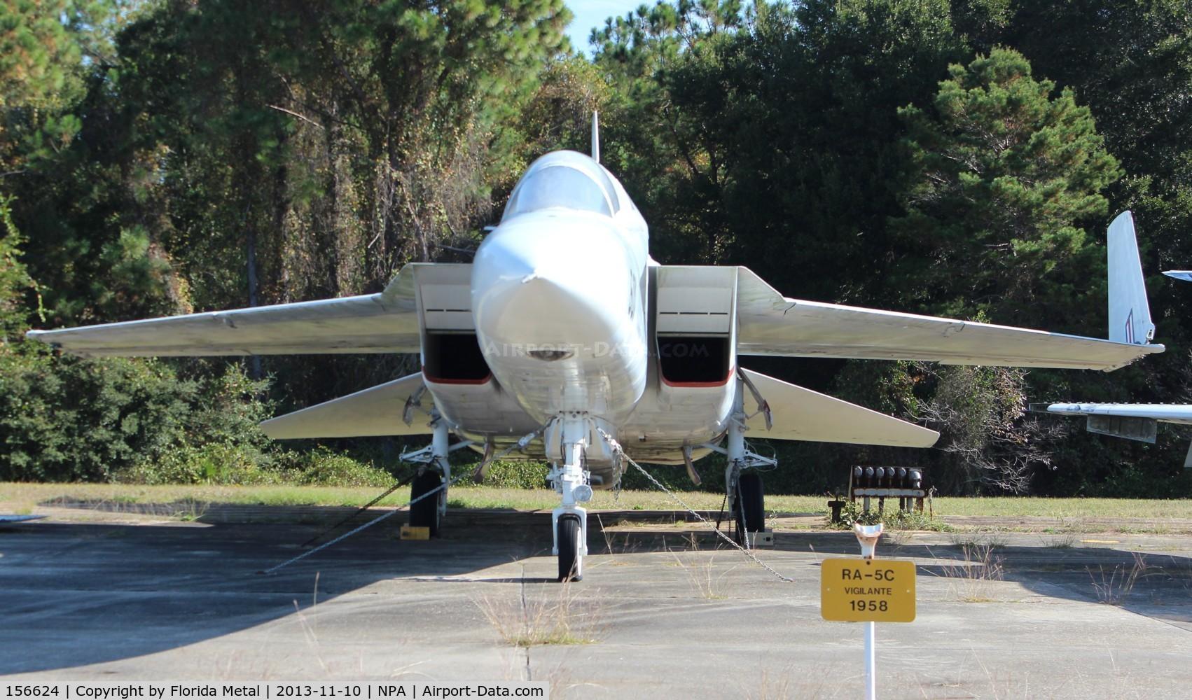 156624, 1969 North American RA-5C Vigilante C/N NR316-17, RA-5C