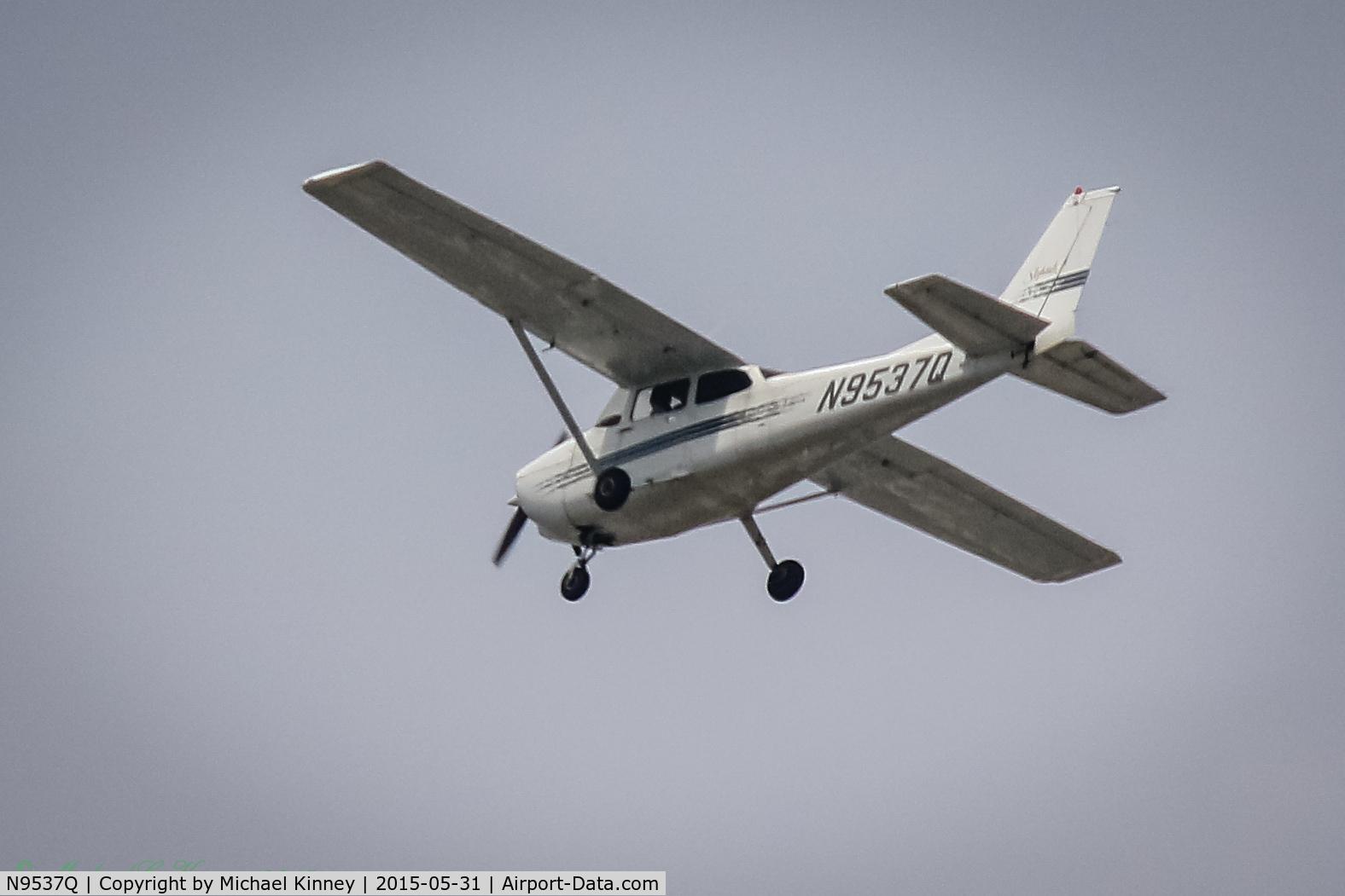 N9537Q, 1998 Cessna 172R Skyhawk C/N 17280483, Near Kent Washington