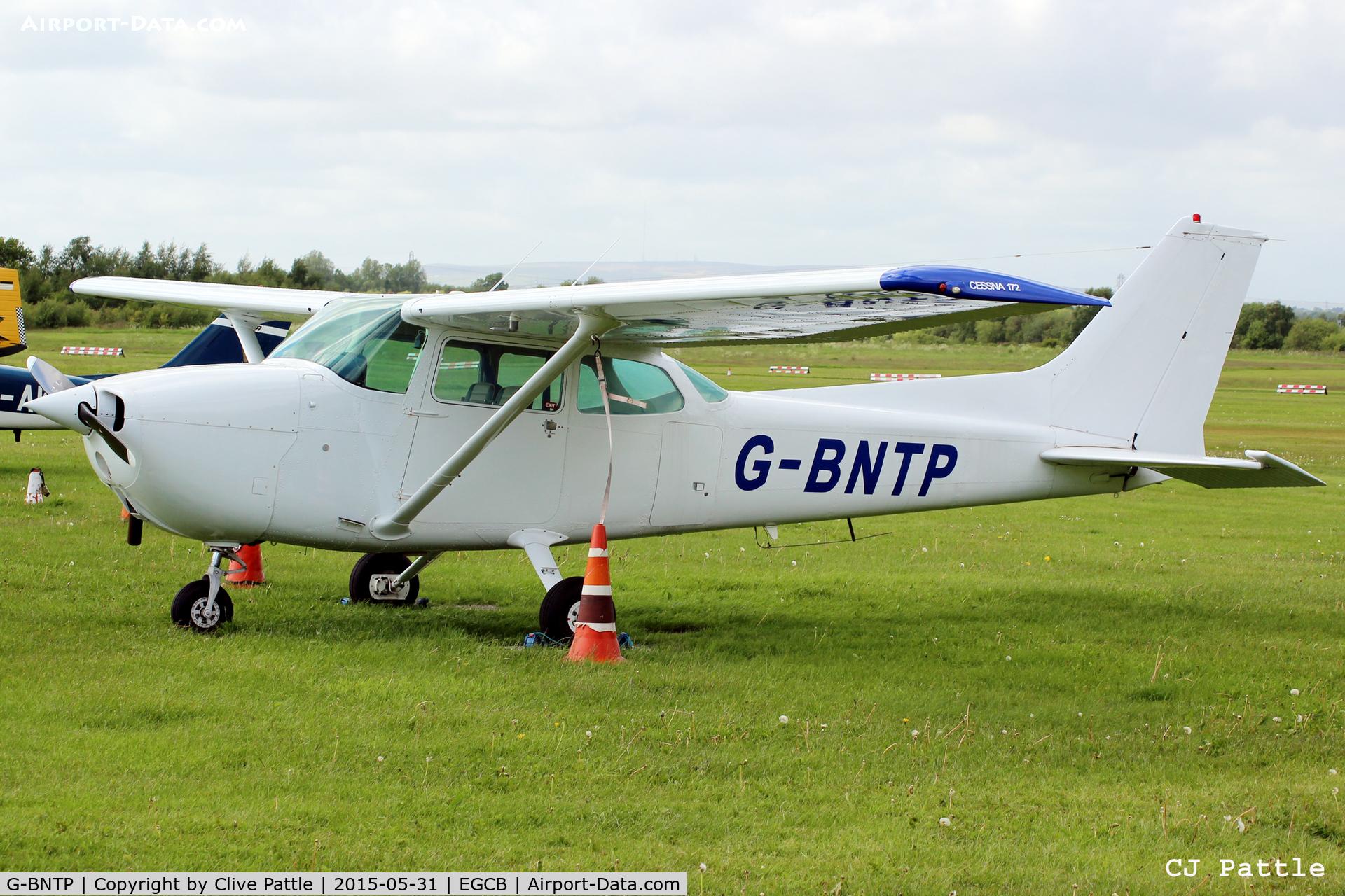 G-BNTP, 1978 Cessna 172N Skyhawk C/N 172-72030, At Barton, EGCB