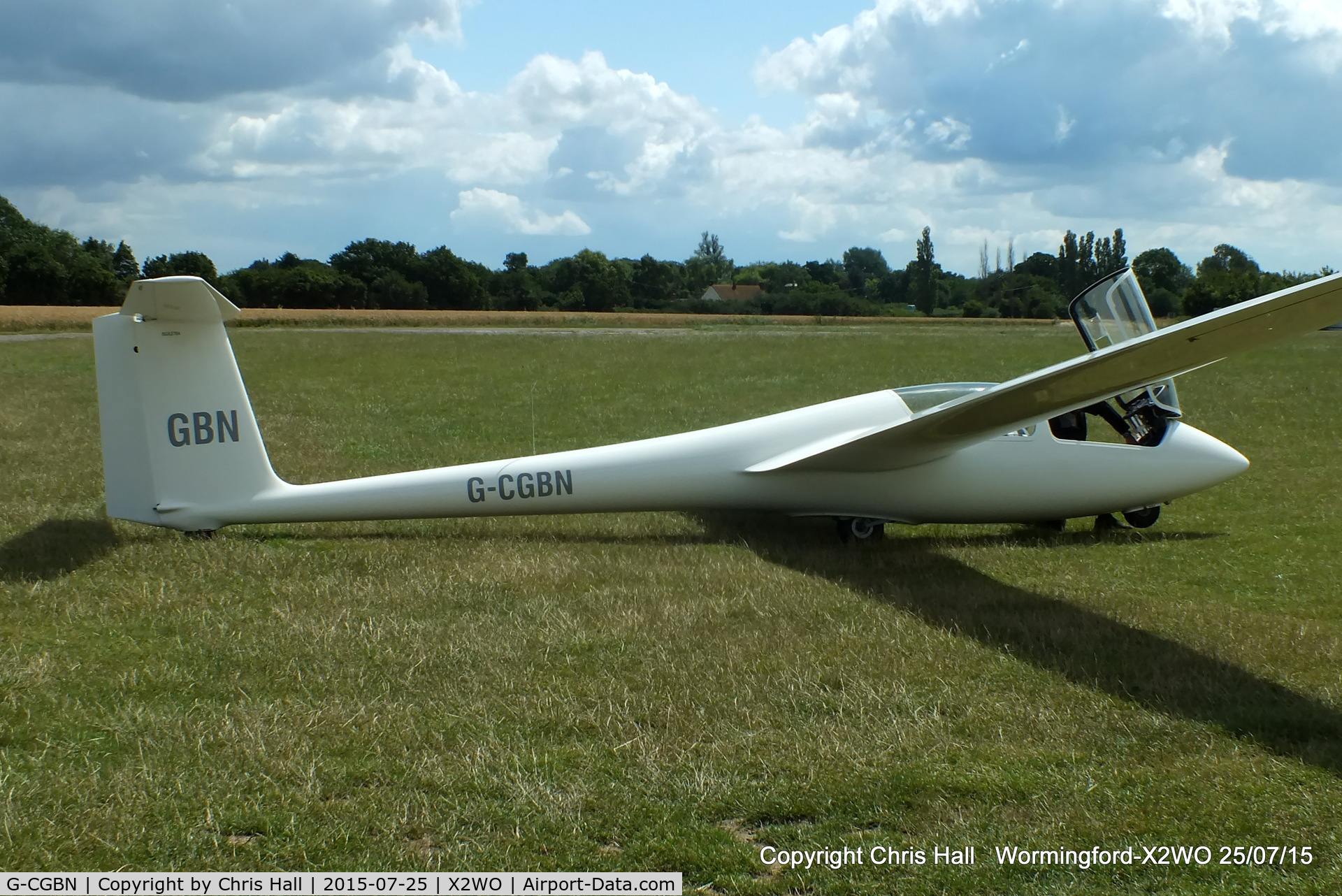 G-CGBN, 1985 Schleicher ASK-21 C/N 21141, at Wormingford airfield
