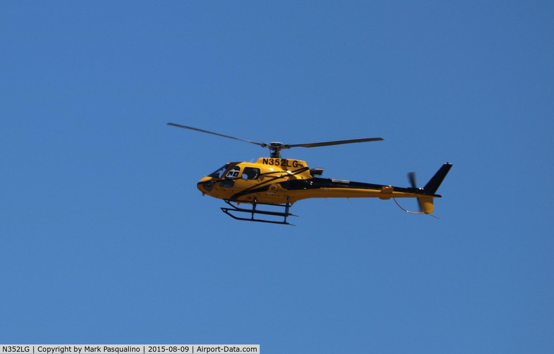 N352LG, Eurocopter AS-350B-3 Ecureuil C/N 3777, Eurocopter AS-350B-3