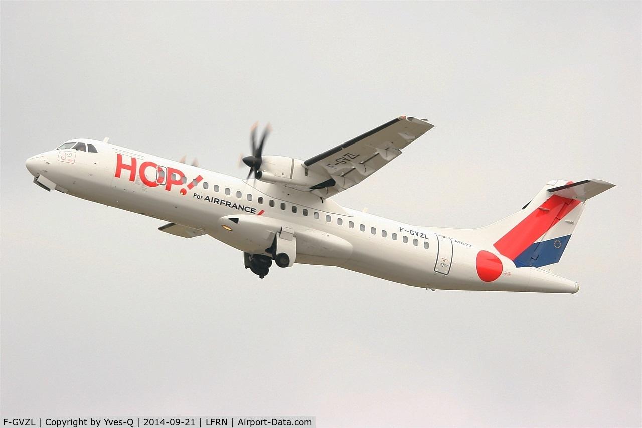 F-GVZL, 1998 ATR 72-212A C/N 553, ATR 72-212A, Take off rwy 28, Rennes-St Jacques airport (LFRN-RNS)