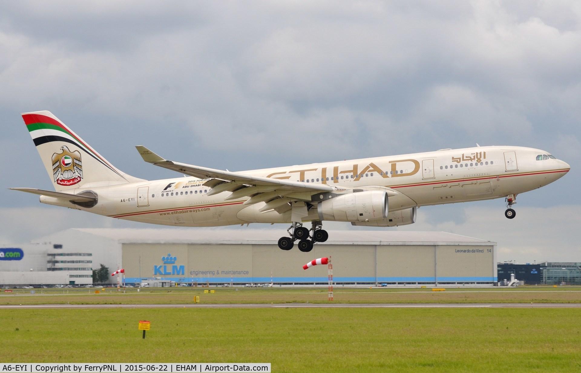 A6-EYI, 2006 Airbus A330-243 C/N 730, Etihad A332 landing in AMS